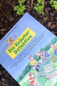Dieses Buch ist super, um Kindern das Thema Kräuter näher zu bringen. Es ist in 4 Kapitel gegliedert: Gartenkräuter, Unkraut, Waldkräuter und Wiesenkräuter. In dem Buch sind Steckbriefe zu allen Kräutern, Experimente, Spiele, Bewegungsübungen, Übungen mit allen Sinnen, Bastel- und Werkideen, Geschichten, Gedichte und Lieder, Rezepte und Tipps für den eigenen Garten. Für die Grundschule/Volksschule geeignet  Books, Book Presentation, Book Recommendations, Weed, Songs, Poetry, Primary School, Libros, Book