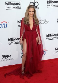 Billboard Music Awards 2014: The top 5 best dressed on the red carpet // Jennifer Lopez in Donna Karan