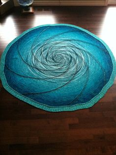 Ravelry: Vortex Shawl pattern by Kristina McCurley, Free Pattern. The knitter who created this has pretty detailed project notes as well Knitting Stitches, Free Knitting, Knitting Patterns, Crochet Patterns, Knitting Ideas, Knitted Afghans, Knitted Blankets, Shawl Patterns, Pattern Library