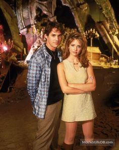 A gallery of Buffy the Vampire Slayer publicity stills and other photos. Featuring Sarah Michelle Gellar, Alyson Hannigan, Nicholas Brendon, James Marsters and others. Marc Blucas, Sarah Michelle Gellar Buffy, Charisma Carpenter, Michelle Trachtenberg, David Boreanaz, Joss Whedon, Alyson Hannigan, Seinfeld, Baby Blue Pants
