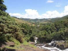 Cachoeira dos Pretos - Plataforma meio da cachoeira.