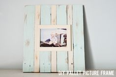 joy in every little thing: diy: pallet picture frame