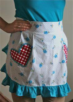 flattering flirty apron pattern