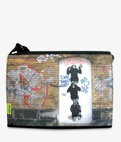 Apfelsina Schoulder Bag Ju Ju.  This handmade Bag shows a street art painting in Berlin.   Now available at our online store.  http://www.apfelsina.de