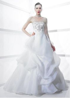 GLAMOROUS ORGANZA SATIN A-LINE STRAPLESS BRIDAL DRESS WITH LACE APPLIQUES BEADINGS AND MANMADE DIAMONDS