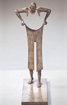 Terrific Screen modern Ceramics Sculpture Tips Balance Jean Louis Corby, geboren am Januar 1951 in Paris, studierte … Human Sculpture, Art Sculpture, Inspiration Art, Welding Art, Contemporary Sculpture, Paperclay, Wire Art, French Artists, Art Plastique