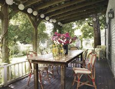 20 Perfect Porches For Lazing Al Fresco