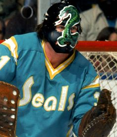 Gary Simmons   California Golden Seals (1974-76)