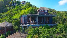 Blue Heaven restaurant is one of the hidden secrets of Koh Tao, a must visit venue for anyone who has the time to explore the island. Situated on the less developed east side of the island, Blue Heaven is a perfect location for a delicious lunch or a late afternoon refreshment. Tao Restaurant, Best Thai Restaurant, Restaurant Offers, Im Blue, Island Blue, Pub Crawl, Beach Bars, Koh Tao, East Side