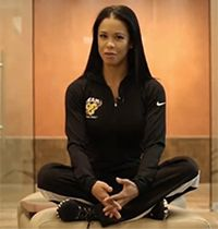 Watch IFBB Pro India Paulino on her road to the Olympia