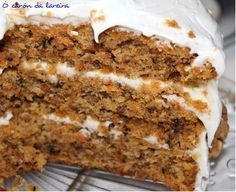 Pastel de zanahoria y nueces Sweet Recipes, Cake Recipes, Dessert Recipes, Food Cakes, Cupcake Cakes, Cupcakes, Delicious Desserts, Yummy Food, Carrot Cake