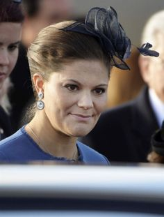 Crown Princess Victoria welcoming the President of Tunisia to the state visit