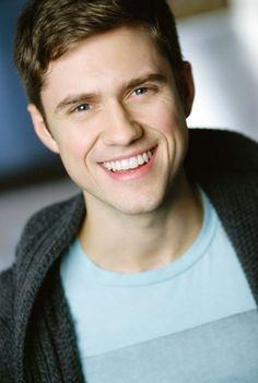 Aaron Tveit! I'd marry him if he sang to me.