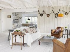 Simple white room