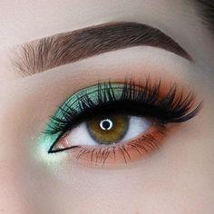 Make-up Dikhaye # Halloween Lidschatten Make-up Ideen # Makeup Revolution 1 . Makeup Eye Looks, Eye Makeup Art, Makeup For Green Eyes, Cute Makeup, Pretty Makeup, Eyeshadow Makeup, Eyeshadow Palette, Makeup Revolution Eyeshadow, Small Eyes Makeup