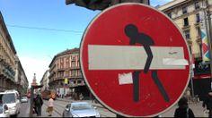 Artistas de rua transformam sinais de trânsito em pequenas obras de arte urbanas. Clet Abraham