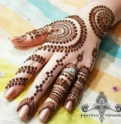 Sexy Bridal Henna Designs for Hands