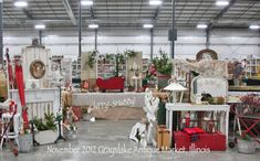 "FaB ""Kick-Off"" Start with my first HoLIDay Show at Grayslake Antique Market in Illinois - this past weekend...       ThAnK YOU...  ThAnK ..."