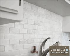 Marmor Mosaik, Carrara Marmor, Mosaik Fliesen, Mosaik, Abgeschrägte U Bahn  Fliese, U Bahn Fliesen, Küche, Carrara Marble, Tiling Photo