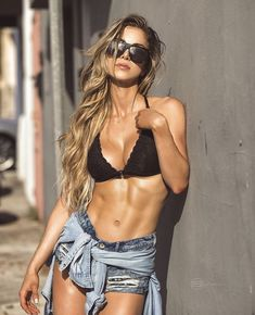 A picture of anllela sagra. This site is a community effort to recognize the hard work of female athletes, fitness models, and bodybuilders. Fitness Inspiration, Fit Women, Sexy Women, Fitness Models, Female Fitness, Fitness Women, Anllela Sagra, Model Training, Moda Fitness