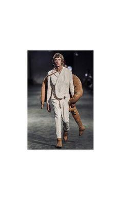Huuko Koski walking Polimoda fashion show, model Fashion Show, Walking, Menswear, Street Style, Model, Fictional Characters, Art, Art Background, Urban Style