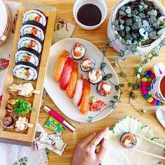 Fruitful, sushiful Saturday.     See more on www.instagram.com/kisforkani