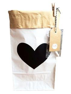 Paperbag XS wit - krijtbord hart www.ma-ciel.nl