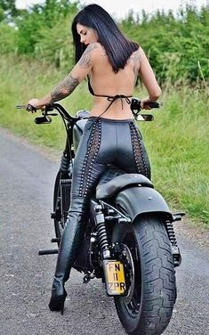 "motorcycles-and-more: ""Biker girl "" Lady Biker, Biker Girl, Motard Sexy, Motorbike Girl, Motorcycle Girls, Motorcycle Clubs, Cafe Racer Girl, Hot Bikes, Biker Chick"