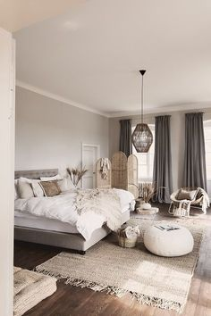 Example of inexpensive farmhouse master bedroom style ideas for decorating 31 Home Decor Bedroom, Living Room Decor, Bedroom Ideas, Bedroom Designs, Bedroom Inspiration, Bedroom Area Rugs, Grey Bedroom Furniture, Dark Furniture, Bedroom Colors