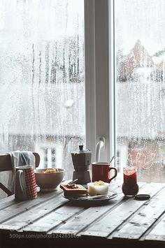 Rainy days.. by AishaY