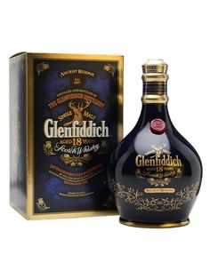 GLENFIDDICH ¦ 18 years old Scotch Whisky Fun Drinks Alcohol, Alcohol Bottles, Liquor Bottles, Alcoholic Drinks, Whiskey Brands, Cigars And Whiskey, Scotch Whiskey, Glenfiddich Whisky, Spirit Drink
