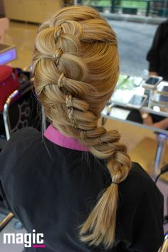 Impletitura 1 Magic Hair, Dreadlocks, Hair Styles, Beauty, Hair Plait Styles, Hair Makeup, Hairdos, Haircut Styles, Dreads