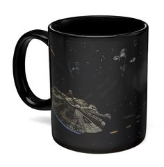 The Star Wars Battle Scene Heat Change Mug starts out as a black mug with starships printed on it at room temperature, but when you add coffee you get some major battle action. The Star Wars Battle Scene mug. Star Wars Kitchen, Space Battles, Star Wars Light Saber, Star Wars Merchandise, The Force Is Strong, Star Wars Gifts, Star Wars Party, Ceramic Cups, For Stars