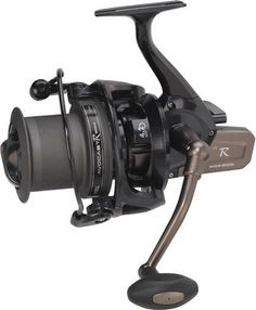 Mitchell Avocast R Front Drag Reel - Black , Mitchell Tanager Bolo Weight (g): 568 Period Carp Fishing, Fishing Reels, Fishing Tackle, Fishing Tips, Custom Fishing Rods, Carpe, Surf, Fishing Techniques, Fishing Quotes