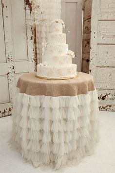 love the neutrals, ruffley soft table skirt with textured overlay LOVE the table | http://romanticelegancecollections.blogspot.com