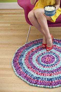 Ravelry: Pom-Pom Rug pattern by Ellen Gormley