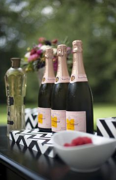 Pink champagne and chevron prints...perfection. Photography by justinmarantz.com/