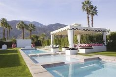 poolside perfection in Palm Springs