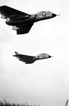 /via Kemon01 #flickr #plane #1956 #USN #F7U #Cutlass
