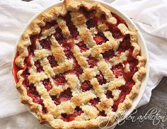 I have looked and looked for a strawberry pie recipe that doesn't use that gross gel stuff!  YAY!