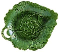 Green Majolica Leaf Shaped Strawberry Serving Dish...would look nice on an easel, displayed on a bookcase