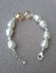 Shell pearl and champagne crystal bracelet Handcrafted