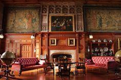 A luxurious common room.