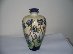 moorcroft art nouveau pottery ceramics clay