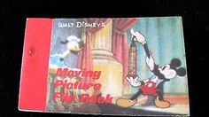 Vintage Walt Disney Mickey Mouse Moving Picture Flip Book Comic Magician D Duck