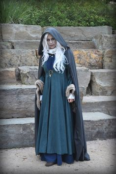 Lady Stoneheart book inspired costume/cosplay from A Song of Ice and Fire (Game of Thrones, A Storm of Swords) using pieces from Catelyn Stark costume and updated underdress, wig, and zombie contacts/makeup.