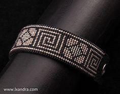 Brassard clé grecque tissé main bracelet piquée en cuir avec fermeture à pression industrielle à tisser.