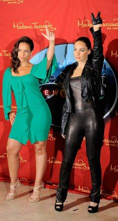 Madame Tussauds Wax Museum of Alicia Keys Famous Celebrities, Celebs, Wax Statue, Black Actresses, Wax Museum, Madame Tussauds, Alicia Keys, Important People, Shahrukh Khan