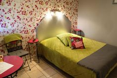 "chambre ""Girly"" HOTEL LX, Tout-y-faut, 17330 Vergné"