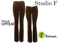 (PreLoved) Vaqueros como nuevos, Marca Studio F, talla 8. solo USD13.62. Reutiliza!